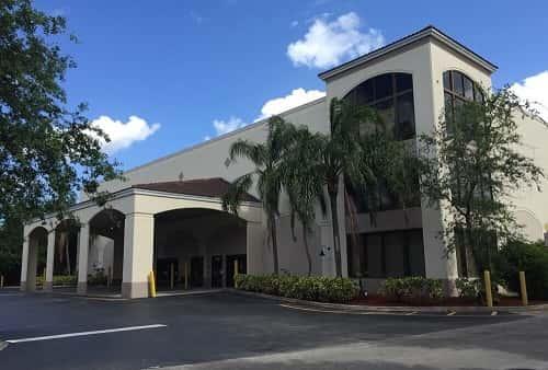 Climate Controlled Self Storage Units At 7950 Riviera Blvd, Miramar, FL  33023