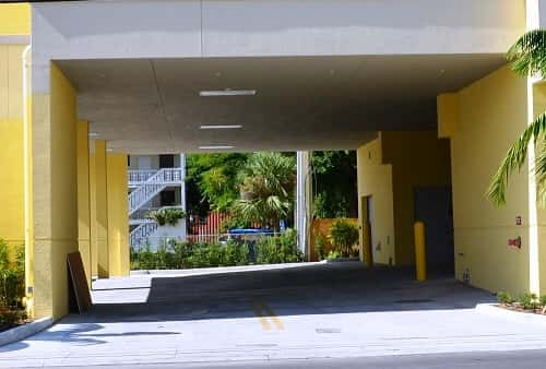 Drive-In Covered Loading Area For Self Storage Lockers on West Flagler Street in Miami, Florida