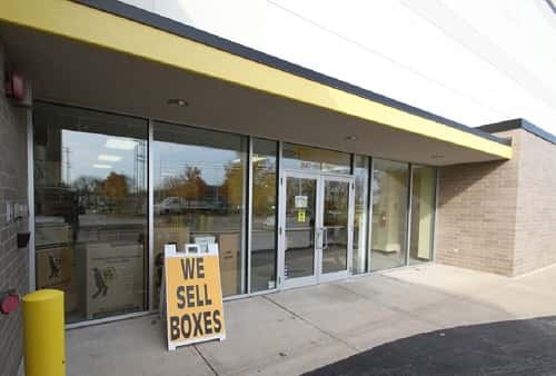 Air Conditioned & Heated Self Storage Space Located in Arlington Heights, IL on W Algonquin Rd