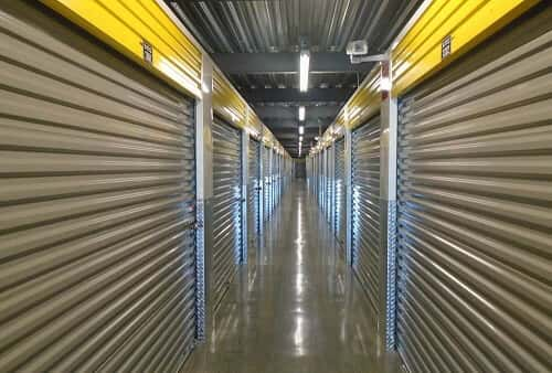 Self Storage Units In Metairie La On Riverside Dr From