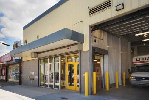 Attractive Drive In Loading Area For Self Storage Lockers On Grand Street In Brooklyn, New  York