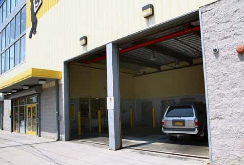 Handicap Accessible Climate Controlled Self Storage Units Serving Ozone Park Ny 11417