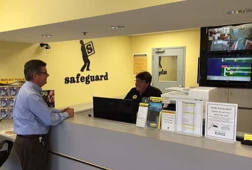 Excellent Customer Service at Safeguard Self Storage in Metairie Between Veterans Highway and The Causeway Bridge