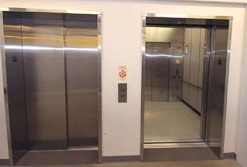 Easy Cargo Elevator Access to Palatine Storage Bins on Upper Floors in Zip Code 60074