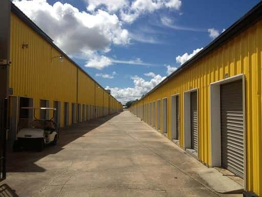 Drive Up Accessible Self Storage Lockers on Lapalco Boulevard  Marrero, LA 70072