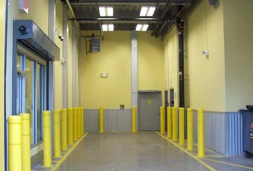 Extra Large Drive In Loading Area for Self Storage Lockers on Jerome Ave, Bronx, NY 10452